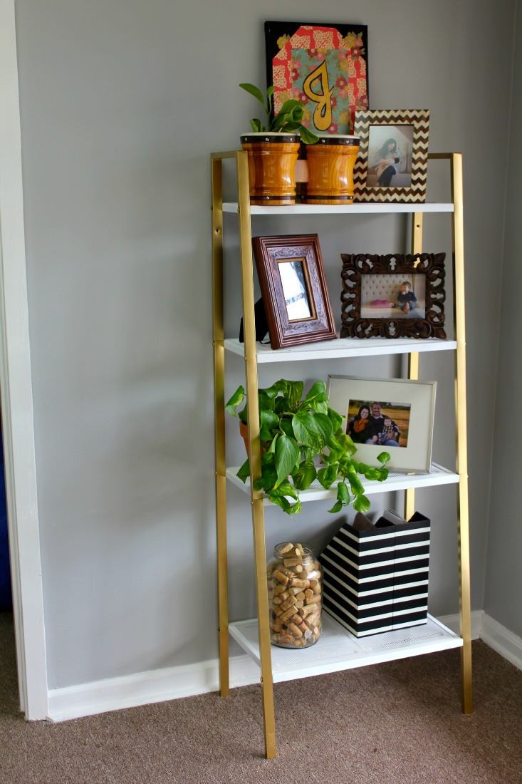 Ikea Küchengriffe Gold ~ ikea shelf makeover white and gold